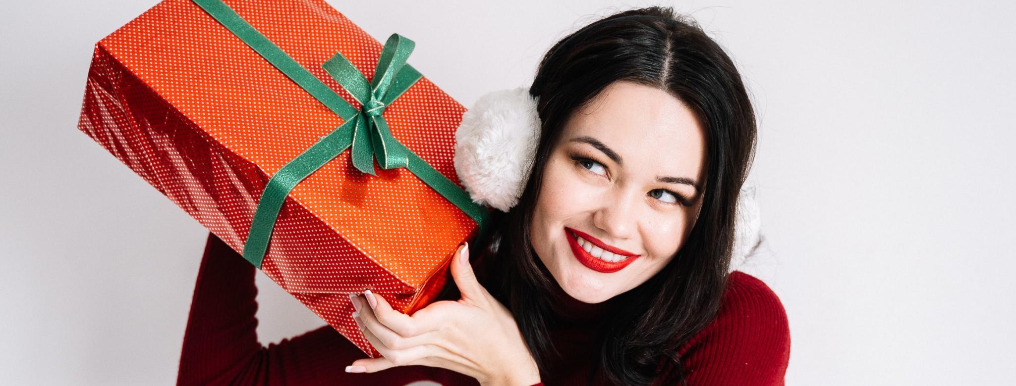 Caccia al regalo per Lei: idee e consigli